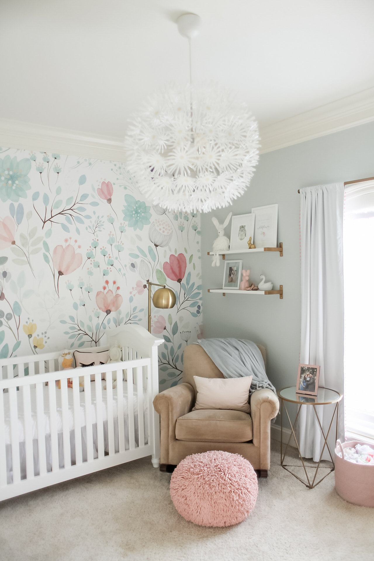 Design Of Baby Room: Bright And Whimsical Nursery For Colette