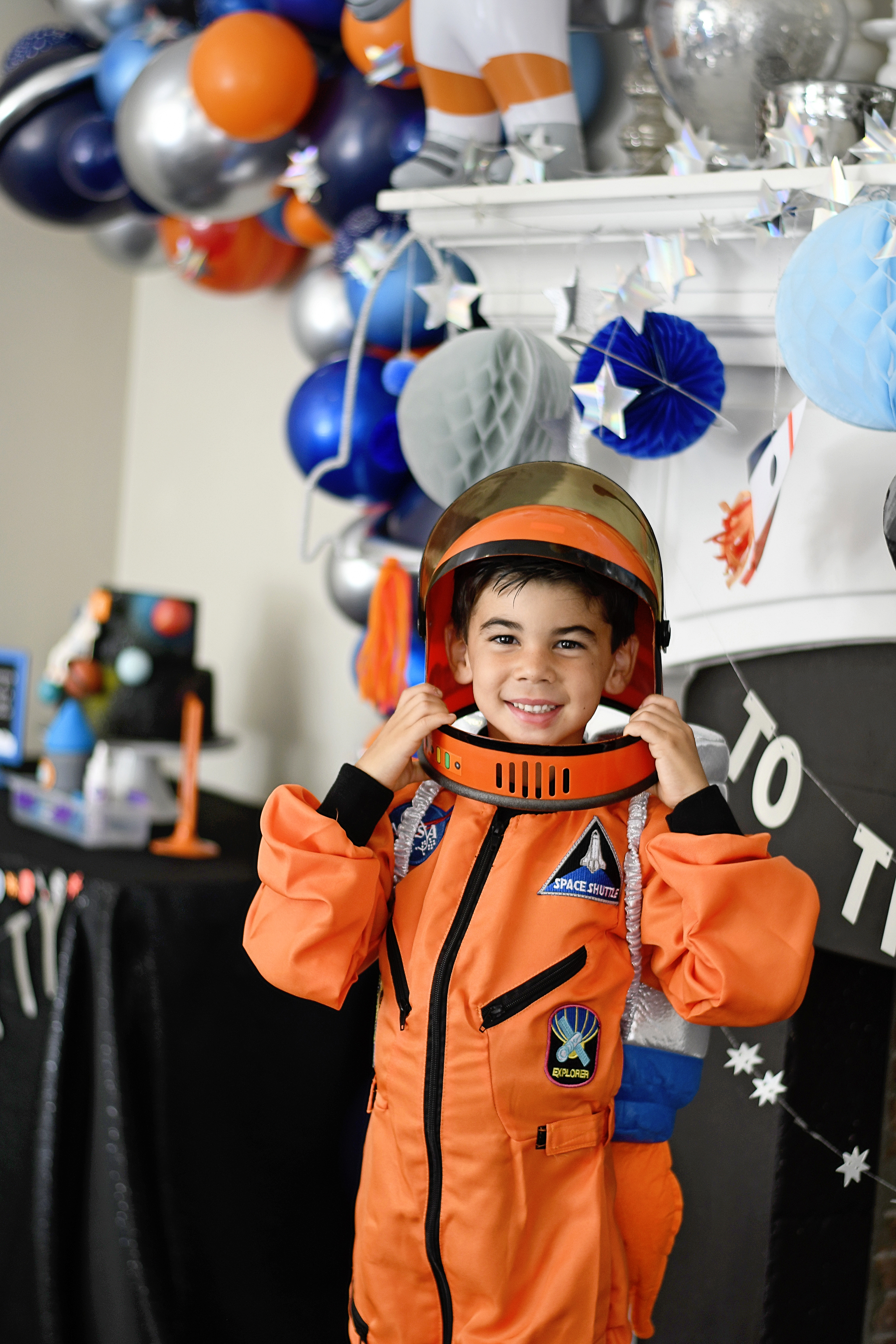Throw an Amazing Outer Space Themed Birthday Party!