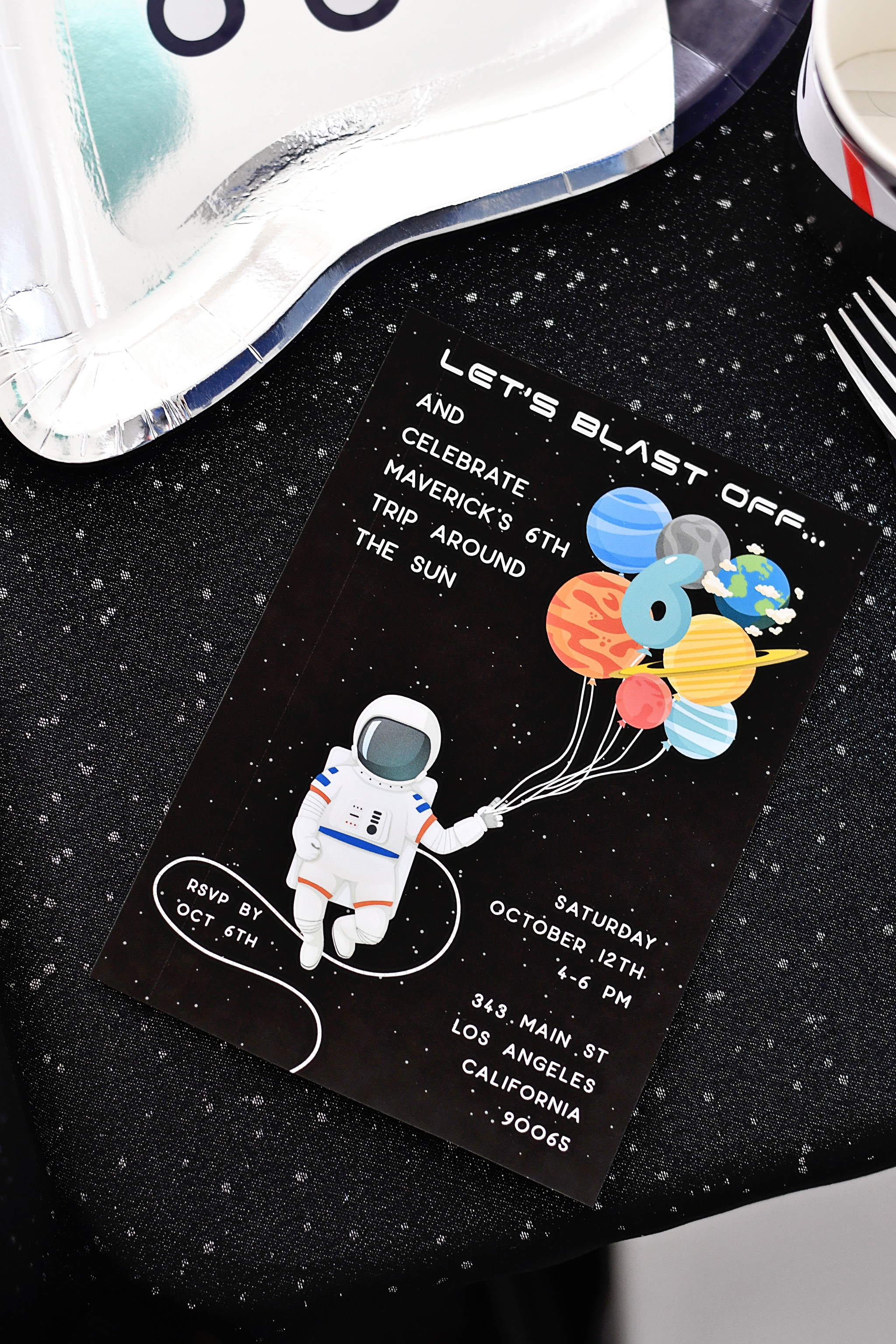 Outer space birthday party invitations for your favorite astronaut!