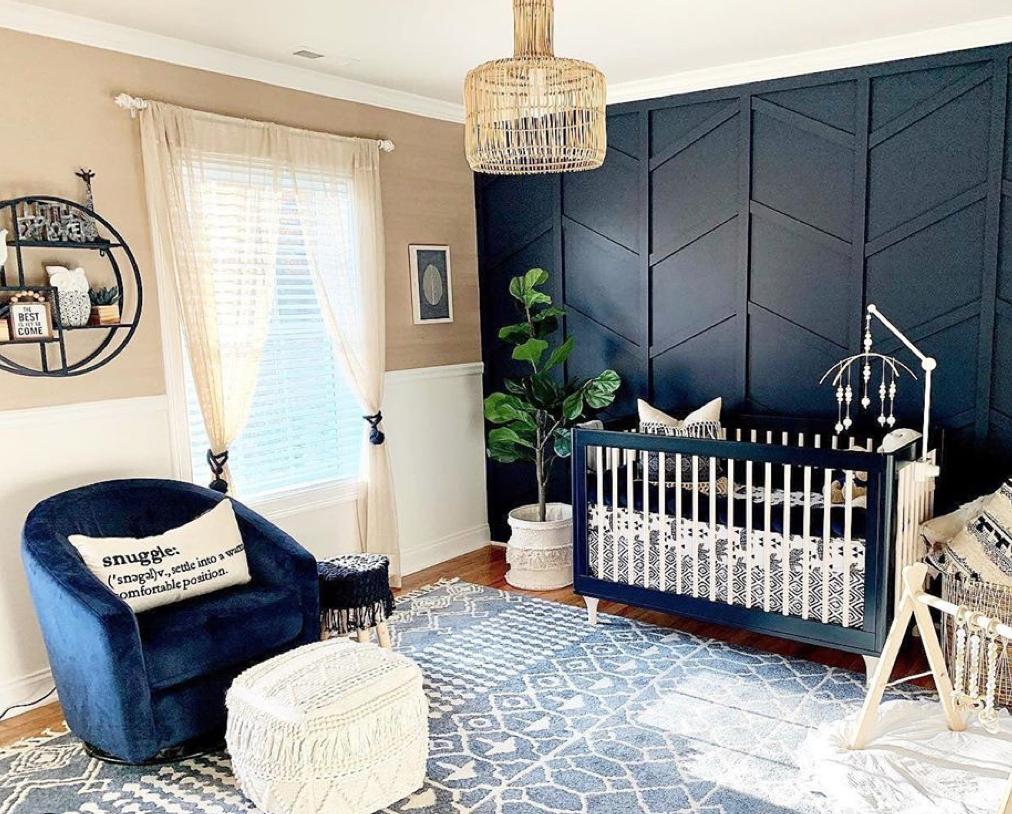 Navy Lolly Crib in Navy Nursery Design: @dd_design_decor