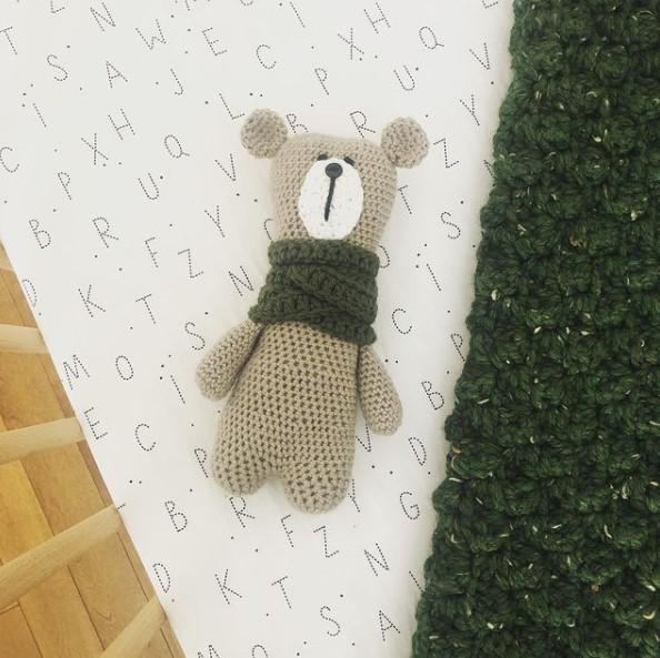 Teddy bear knitted plush toy
